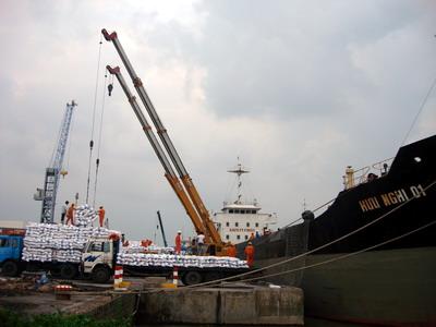 Vận chuyển hàng hóa bằng đường biển trong nước