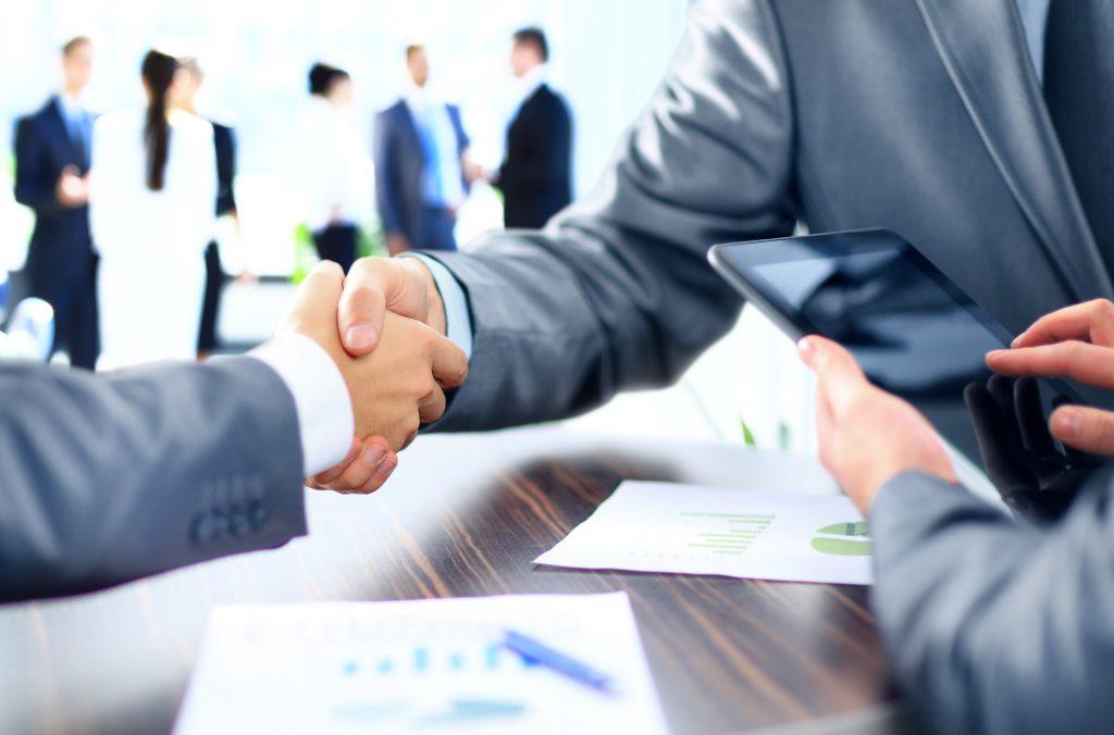 Vi phạm hợp đồng xuất khẩu có thể giải quyết giữa hai bên hoặc bằng bên thứ 3.